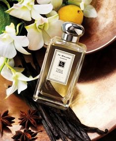 Fragile vanilla orchid forms the perfect counterpoint to the caramel-rich vanilla and anise