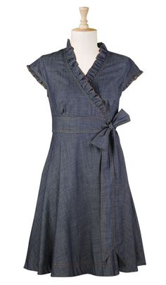 Cute summer to fall dress! Would work with sandals or boots. 29 Brilliant Street Style Ideas To Rock This Year – Cute summer to fall dress! Would work with sandals or boots. Fall Dresses, Casual Dresses, Fashion Dresses, Summer Dresses, Denim Dresses, Chiffon Dresses, Wrap Dresses, Long Dresses, Ruffle Dress