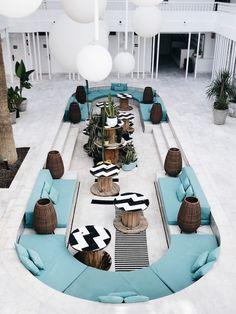 Just Good Design Lounge Design, Cafe Design, Design Design, Lobby Lounge, Hotel Lobby, Home Interior Design, Interior Architecture, Interior Design Magazine, Plywood Furniture