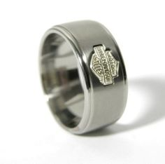 Silver Harley Davidson motorcycle ring