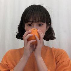 orange aesthetic top ulzzang girl 얼짱light korean soft minimalistic kawaii cute g e o r g i a n a : a e s t h e t i c s Orange Aesthetic, Korean Aesthetic, Aesthetic Colors, Aesthetic Girl, Aesthetic Pictures, Japanese Aesthetic, Cute Korean Girl, Asian Girl, Pelo Ulzzang