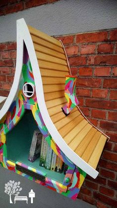 57 Jaw-Dropping Little Free Libraries - Little Free Library Little Free Library Plans, Little Free Libraries, Little Library, Mini Library, Library Books, Library Ideas, Street Library, West Jordan, Lending Library