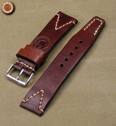 Mens Watches Leather, Leather Men, Leather Wallet, Floor Molding, Leather Projects, Leather Accessories, Leather Working, Leather Craft, Watch Bands