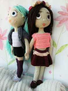 Amidolls Kailee and Flora. Crochet amigurumi pattern by The Magic Loop