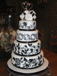 white on green wedding cake   Black White stenciled cake. Bottom two layers are dummy cakes. Top two ...