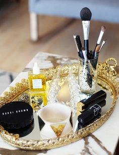 Via:LuckyMagazine Nine Genius Ways To Organize Your Beauty Products