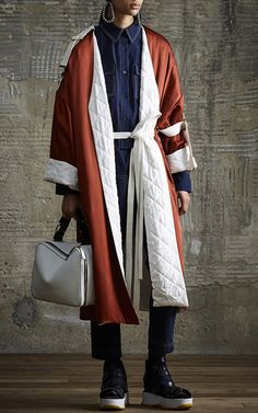 Get inspired and discover Marni Flash Collection trunkshow! Shop the latest Marni Flash Collection collection at Moda Operandi. Fashion Details, Fashion Design, Italian Fashion, Marni, Autumn Winter Fashion, Coats For Women, Ready To Wear, Fashion Show, Fashion Photography