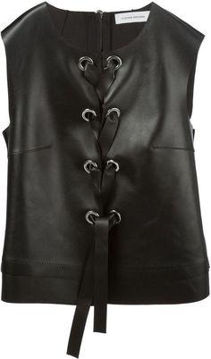 Pin for Later: Tragt ihr schon den heißesten Ausschnitt des Sommers?  Costume National geschnürtes Leder-Top (1.038,00 €)