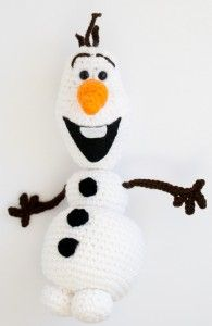 Olaf from Frozen Crochet Amigurumi Pattern This winter, I made myself an Olaf stuffie. If you want one, come and get my Olaf Frozen crochet pattern! Crochet Disney, Olaf Crochet, Frozen Crochet, Crochet Snowman, Crochet Amigurumi Free Patterns, Christmas Crochet Patterns, All Free Crochet, Cute Crochet, Crochet Crafts
