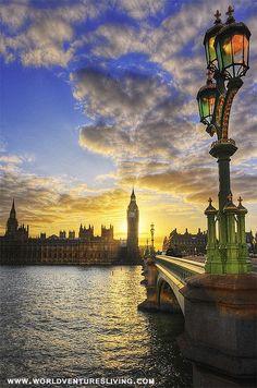Thames River , England