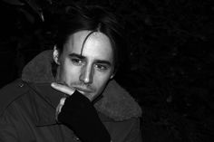 Reeve Carney : Photo