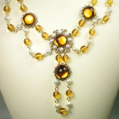 Anne Boleyn Topaz and pearl necklace                                                                                                                                                                                 More