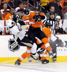 The Flyers' Claude Giroux takes down Penguins captain Sidney Crosby. Hot Hockey Players, Flyers Hockey, Hockey Memes, Ice Hockey Teams, Flyers Players, Hockey Quotes, Hockey Stuff, Sports Teams, Hockey World