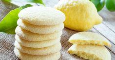 Kokusuyla bile güzel havalara çağrıda bulunan, tadı ferah mı ferah limonlu vanilyalı kurabiye tarifi. Kurabiye kavanozlarını hazır edin.
