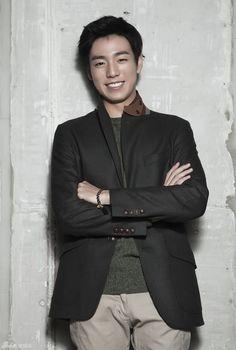 *Lee Hyun Woo | 이현우 --- Sina Interview Lee Hyun Woo, Asian Men Fashion, Korean Street Fashion, The Liar And His Lover Kdrama, Dramas, Hot Korean Guys, Hallyu Star, Korean Model, Korean Actors