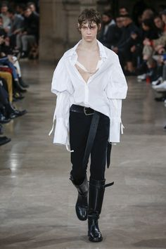 Ann Demeulemeester Fall 2018 Menswear Fashion Show 33552949e93