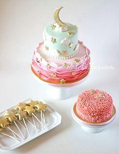 Twinkle Twinkle Little Star Party: Cake, Smash Cake and Cake Pops! Star Wars Party, Star Party, 1st Birthday Cake Smash, Birthday Fun, 1st Birthday Parties, Birthday Ideas, Birthday Cakes, Star Cakes, Twinkle Twinkle Little Star