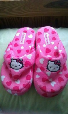 Hello Kitty Slippers - I have these, so comfy, and cute! Hello Kitty Clothes, Hello Kitty Items, Hello Kitty Imagenes, Hello Kitty House, Hello Kitty Christmas, Hello Kitty Collection, Everything Pink, Sanrio, Cute Shoes
