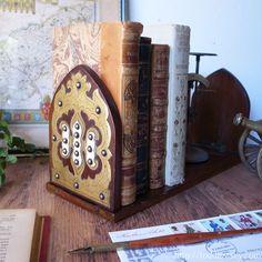 ヴィクトリアンの携帯式書架 / Antique Victorian Mahogany Book Slide  緑の黄金・マホガニーが贅沢に使われたアンティークのブックスライド。  #イギリス,#アンティーク,#本立て,#ブックエンド,