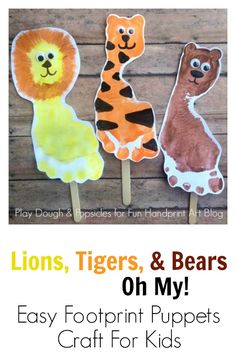 Lions, Tigers, & Bears Footprint Craft for Kids. Excellent preschool craft for Wizard of Oz or the Zoo. Kids Crafts, Easy Toddler Crafts, Daycare Crafts, Toddler Art, Baby Crafts, Preschool Crafts, Projects For Kids, Daycare Rooms, Monkey Crafts