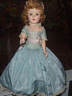 American Character Sweet Sue Walker, 1952 wearing a blue version of Cotillion Ag Dolls, Barbie Dolls, Antique Dolls, Vintage Dolls, Effanbee Dolls, Glamour Dolls, American Dolls, Madame Alexander, Revlon