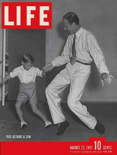 The cover of Life magazine dated August 1941 features actor and dancer Fred Astaire teaching his young son Fred Jr. a dance step in their living room in Hollywood, California. Get premium, high resolution news photos at Getty Images Fred Astaire, Life Magazine, Old Magazines, Vintage Magazines, Vintage Ads, Gene Kelly, Classic Hollywood, Old Hollywood, Hollywood Glamour