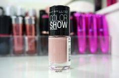 Maybelline New York Colorshow 301 love this sweater