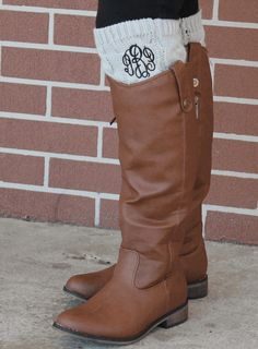 MONOGRAMMED HEATHER CABLE KNIT BOOT CUFFS