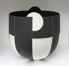 Is Porcelain China Code: 2520724387 Ceramic Bowls, Ceramic Pottery, Pottery Art, John Ward, Black And White Painting, Ceramic Design, Ceramic Artists, Geometric Designs, China Porcelain