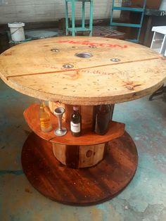 Mesa para. bar ...reciclada..UNICO GUATEMALA
