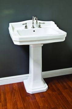 Porcelain Deco Pedestal Sink with Backsplash
