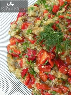 Roast Salad - Delicious Meets Healthy: Quick and Healthy Wholesome Recipes Roasted Eggplant Salad, Turkish Salad, Turkish Recipes, Ethnic Recipes, Appetizer Salads, Eggplant Recipes, Cooking Recipes, Healthy Recipes, Iftar