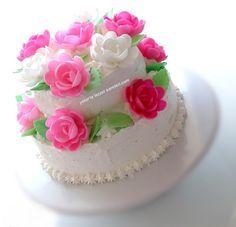 yetur'la lezzet kareleri: özel günler için 2 katlı yaş pasta