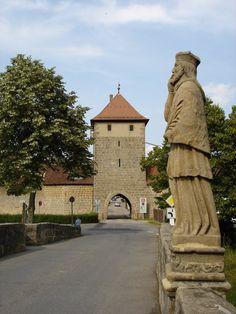 sesslach germany | Seßlach Rothenberger Tor und Hl. Nepomuk auf der Rodachbrücke