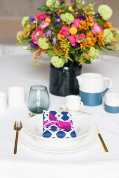 Fresh Florals and Nautical Blues: Wedding Table Inspiration | Confetti.ie