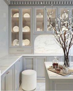 Home Decor/Interior Design on Your favorite kitchen color is 2 or 3 . Via _beindesign_ Home Interior, Interior Design Kitchen, Interior Decorating, Kitchen Design Classic, Interior Ideas, Classical Interior Design, Mansion Interior, Interior Livingroom, Kitchen Designs