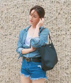 Vừa trẻ trung lại hay ho, hèn gì giới trẻ Hàn cứ mê tít phong cách của 5 sao nữ này - Ảnh 8. Oh Yeon Seo, Korean Girl, Skinny, Girls, Style, Fashion, Toddler Girls, Swag, Moda