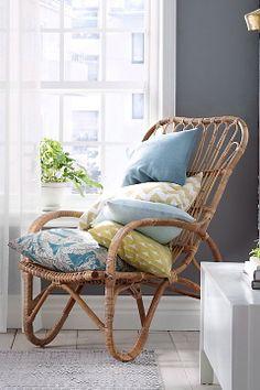 Køb Møbler online - Ellos.dk: Side 5 Outdoor Chairs, Outdoor Furniture, Outdoor Decor, Summer House Interiors, Neutral, Butterfly Chair, Danish Design, Scandinavian Style, Rattan