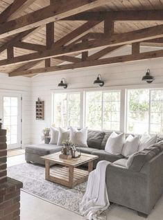 Top 5 Friday: How To Get The Modern Farmhouse Look. Five tips for creating a modern farmhouse style space in your own home. Top 5 Friday: How To Get The Modern Farmhouse Look. Five tips for creating a modern farmhouse style space in your own home. Living Room Interior, Home Living Room, Living Room Designs, Rustic Living Rooms, Country Living, Living Area, Interior Livingroom, Living Room With Windows, Living Room Decor Simple