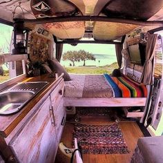 25 Inspiration Image of Best Inspiration Camper Van Decor. Since you may see, there are lots of ways you're able to build out a camper van, from an ultra-luxurious custom made build-out, to something cheaper t. Bus Camper, Camper Diy, Rv Campers, Hippie Camper, Bus Interior, Campervan Interior, Campervan Furniture, Custom Van Interior, Small Camper Interior