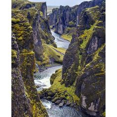 Fjaðrárgljúfur. A stunning canyon with one heck of a tongue twister of Icelandic letters for a name! Think you can pronounce it!? :flag_is::no_good: