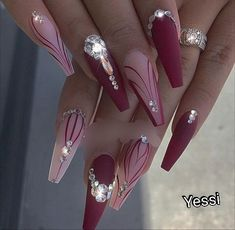 Top 82 Winter-Inspired Nail Art Designs For 2019 - nails - Nageldesign Glam Nails, Dope Nails, Fun Nails, Stiletto Nails, Best Acrylic Nails, Acrylic Nail Designs, Nail Art Designs, Nails Design, Ongles Bling Bling