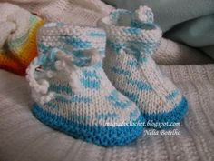 Magia do Crochet: baby bootees Magia Do Crochet, Knit Crochet, Crochet Baby, Baby Bootees, Knit Baby Sweaters, Knit Baby Booties, Knit Shoes, Baby Slippers, Baby Knitting