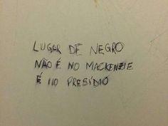 São Paulo: Banheiro do Mackenzie em São Paulo é pichado com frase racista