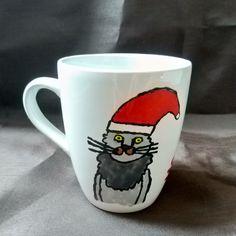 Diese handbemalte Kaffeetasse, inkl. Spruch, wurde mit Porzellanfarben bemalt und im Backofen gebacken. Mugs, Tableware, Coffee Cups, Ghosts, Oven, Christmas, Dinnerware, Tumblers, Tablewares