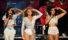 Beyoncé is dropping a Netflix special, 'Homecoming,' chronicling her 2018 Coachella performance. Here's everything her Coachella outfits represent. Destiny's Child, Festival Coachella, Beyonce Coachella, Kelly Rowland, Michelle Williams, Fitted Prom Dresses, Homecoming Dresses, Jay Z, Netflix