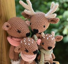Deer Family Crochet Amigurumi Pattern / Photo Tutorial - Decor Tips 2019 Crochet Deer, Crochet Motifs, Crochet Doll Pattern, Easy Crochet Patterns, Cute Crochet, Crochet Dolls, Tutorial Crochet, Amigurumi Tutorial, Crochet Patterns Amigurumi