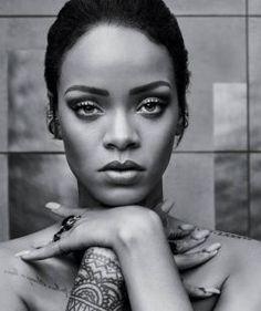 """Work"": Rihanna passa marca de Michael Jackson e emplaca 14ª faixa no topo da Billboard #Adele, #Billboard, #Cantor, #Cantora, #Clipe, #Destaque, #Grupo, #Hoje, #JustinBieber, #M, #MichaelJackson, #Música, #Noticias, #Nova, #PaulMcCartney, #Popzone, #Rapper, #Rihanna, #Top10 http://popzone.tv/2016/02/work-rihanna-passa-marca-de-michael-jackson-e-emplaca-14a-faixa-no-topo-da-billboard.html"