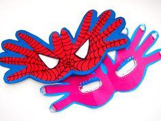 ¡Manualidades para superhéroes! Con la huella de la manito de tu bebé armá estos antifaces temáticos. www.mimitoshop.com.ar