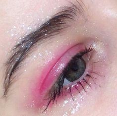 #pinkeyeshadow